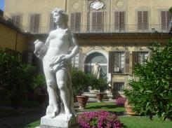 Jardins no Palácio Médice